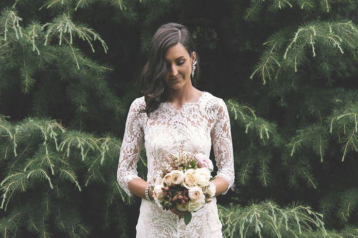 #vsco #love #wedding #bouquet #bride #loverdress #weddingphotographer   Destination Wedding Photographer | Simon L. King | Australia | Worldwide