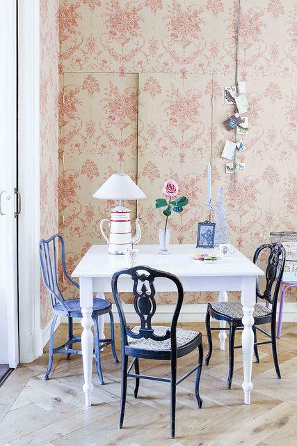 Home Utrecht, Holland, Styling Linda van der Ham, Photo Petronellanitta  Sanoma Media/ ariadne at Home magazine