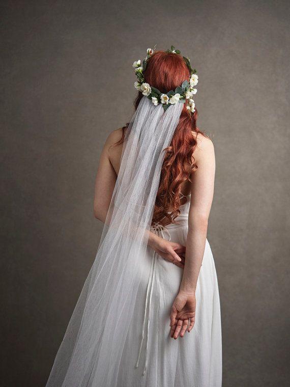 Corona nupcial velo blanco flor tocados velos por gardensofwhimsy
