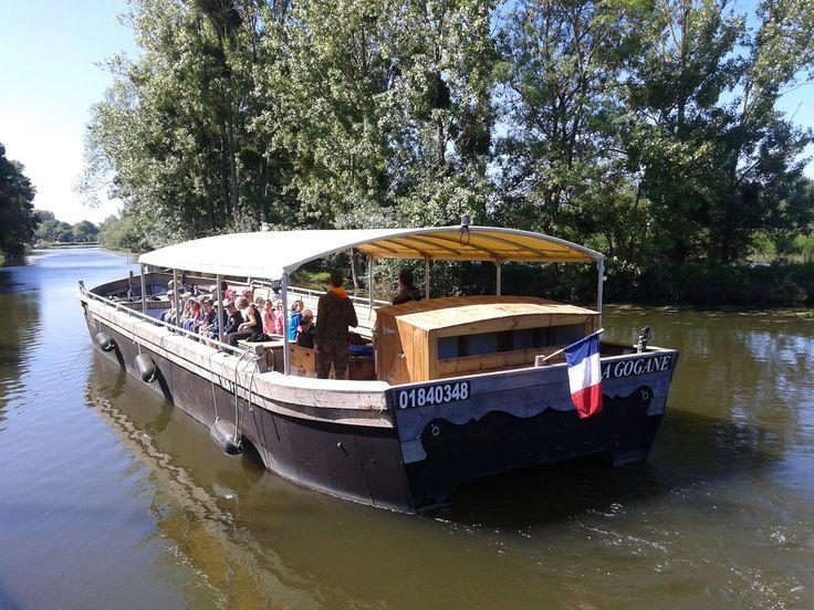 """Croisière à bord de """"LA GOGANE"""" au Moulin d'Ivray (Etriché)"""