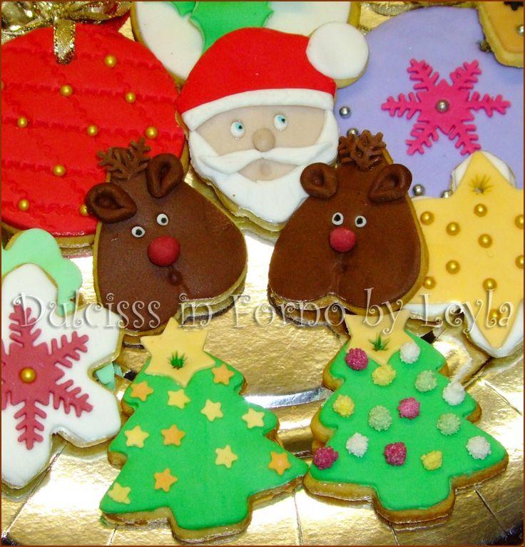 Biscotti decorati di Natale in pasta di zucchero | biscotti decorati natalizi | biscotti pasta di zucchero | PDZ | Dulcisss in forno |