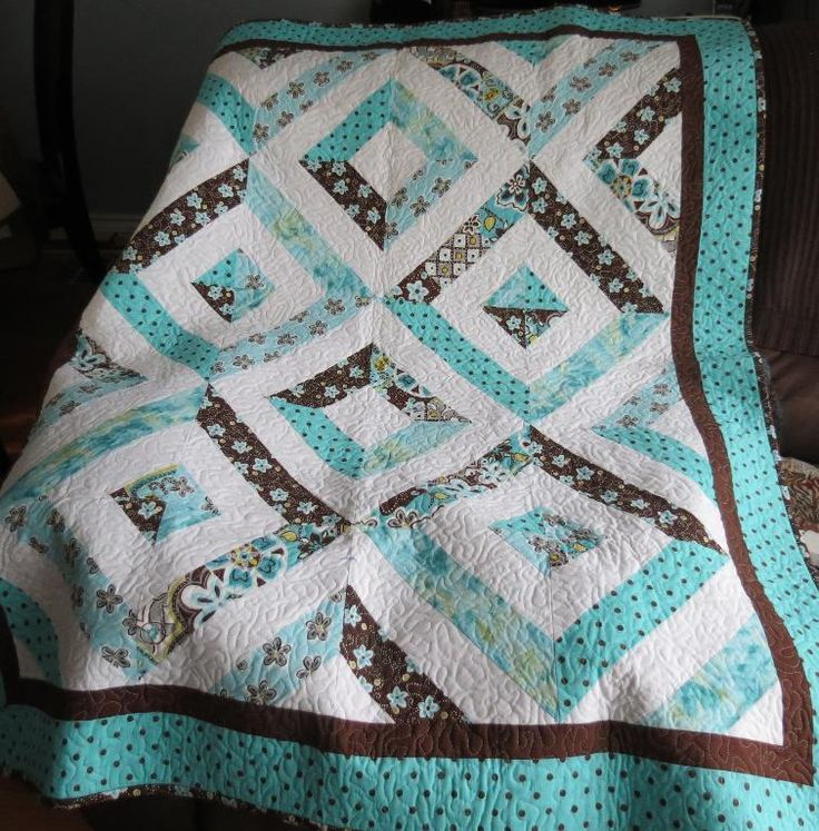 Love this version of the Summer in the Park Quilt... and the color combo is unique... I like!