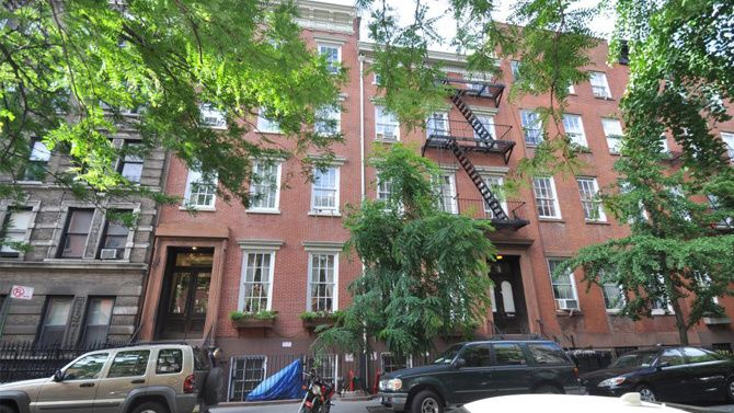 New York City, NY PRICE: $34,500,000 SIZE: 13,900 square feet (total)