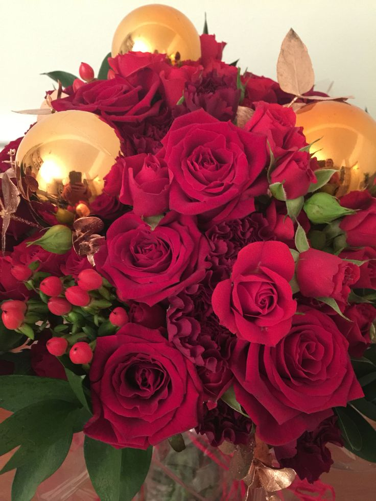 Beautiful Christmas themed hand tied bouquet