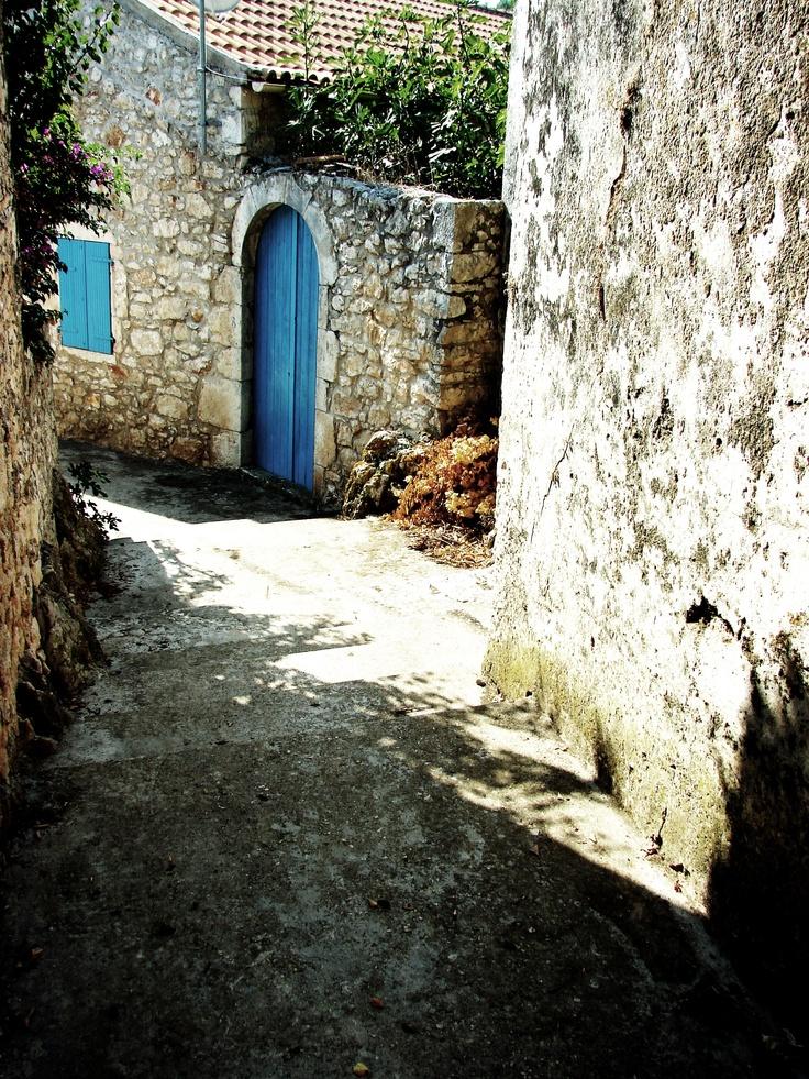 alley at Tselentata village
