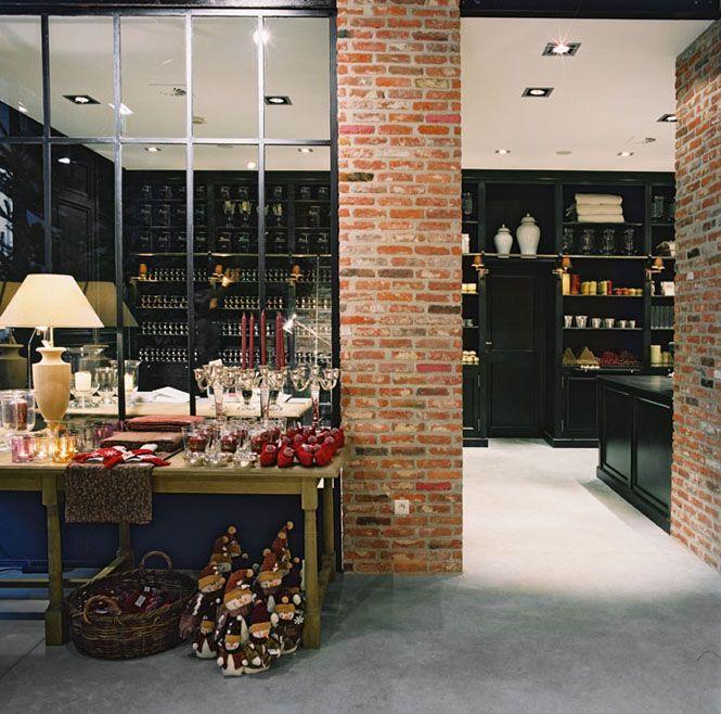 magasin flamant verri re briques id es pour la maison pinterest flamant verri re et briques. Black Bedroom Furniture Sets. Home Design Ideas