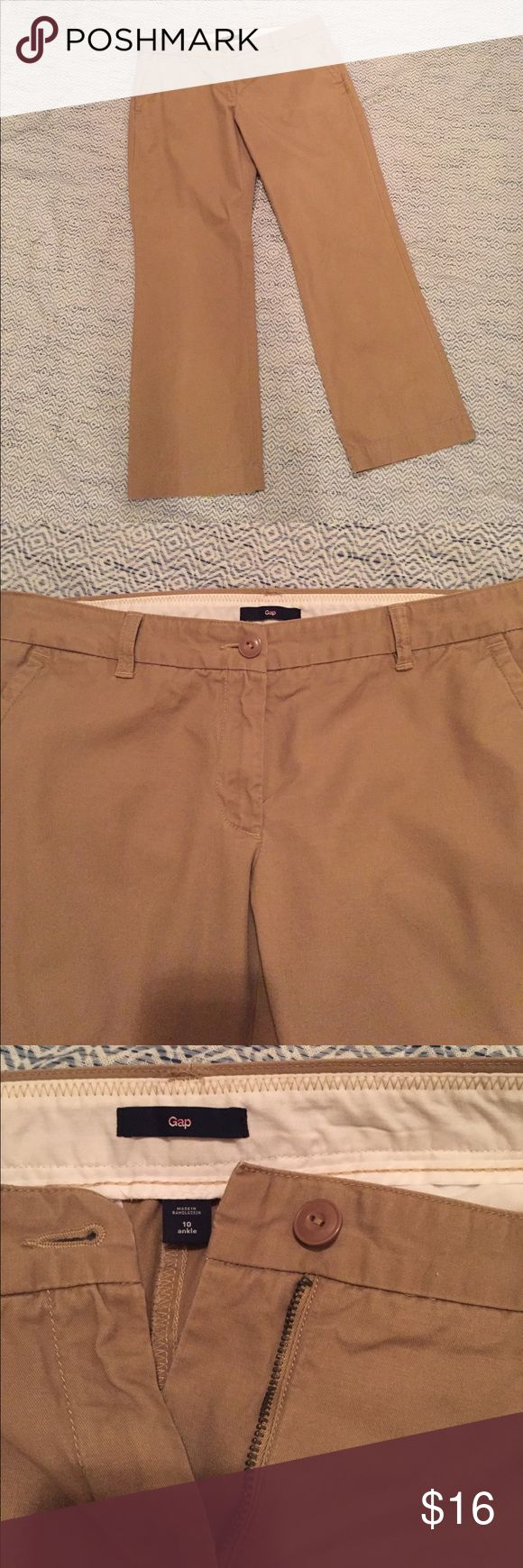 """Gap women's khaki pants size 10 ankle EUC Very nice pair of khaki pants from the Gap in size 10 ankle.  29"""" inseam.  10"""" leg openings. Color is a darker khaki.  Barely worn and in EUC. No holes, stains or obvious wash wear. GAP Pants"""