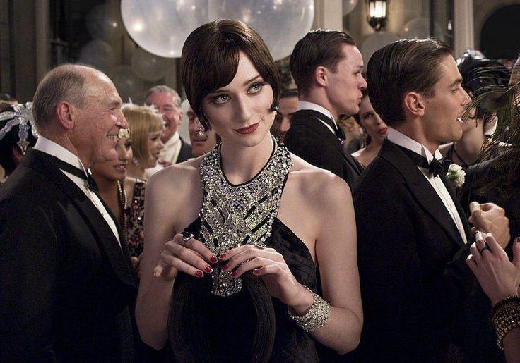 robe tour de cou décorée de perles style années 20, Gatsby le Magnifique