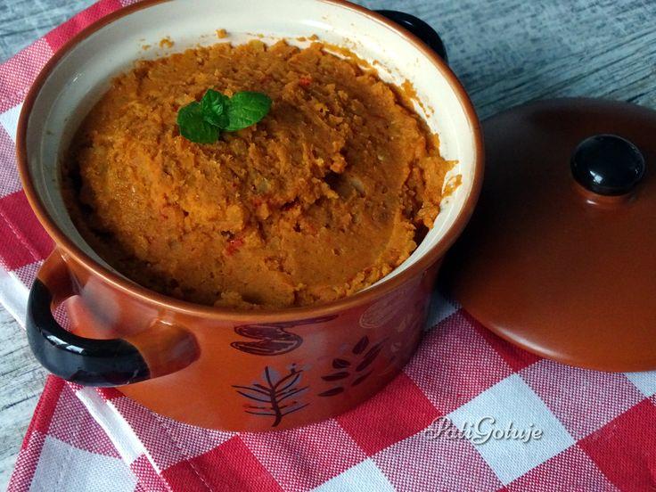 Aromatyczna i pikantna pasta z czerwonej soczewicy