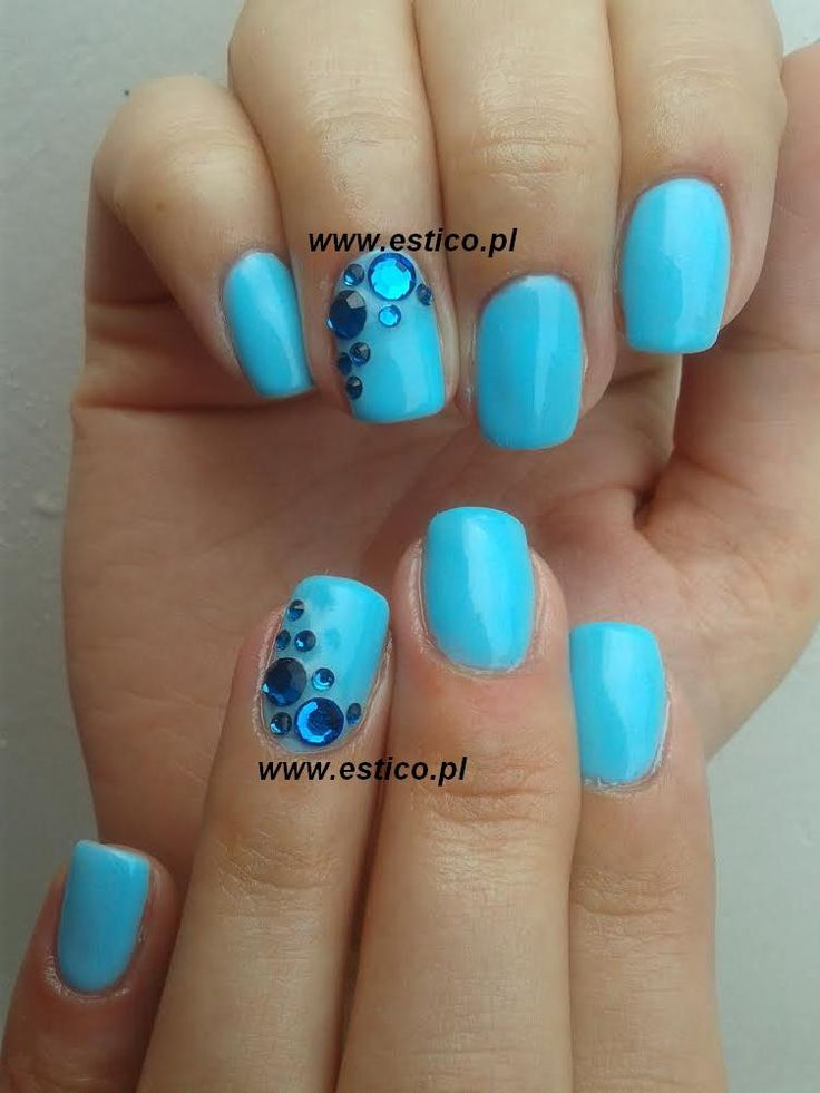 blue nails, swarovski nails