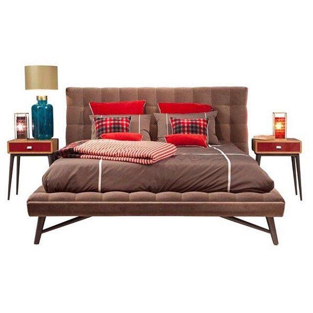 Profile bed Roche Bobois