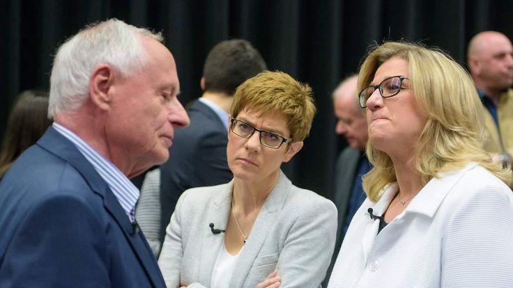 Umfrage vor der Landtagswahl: Saarland erwartet Kopf-an-Kopf-Rennen