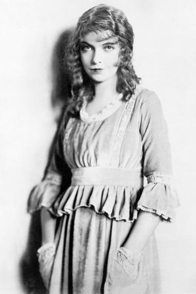 17. Лилиан Гиш (Lillian Gish)  14 октября 1893 г. (Дейтон, штат Огайо, США) - 27 февраля 1993 г. (Нью-Йорк, США)