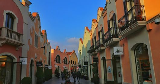 La Roca Village - The ultimate luxury shopping destination in Spain! | The Wanderer
