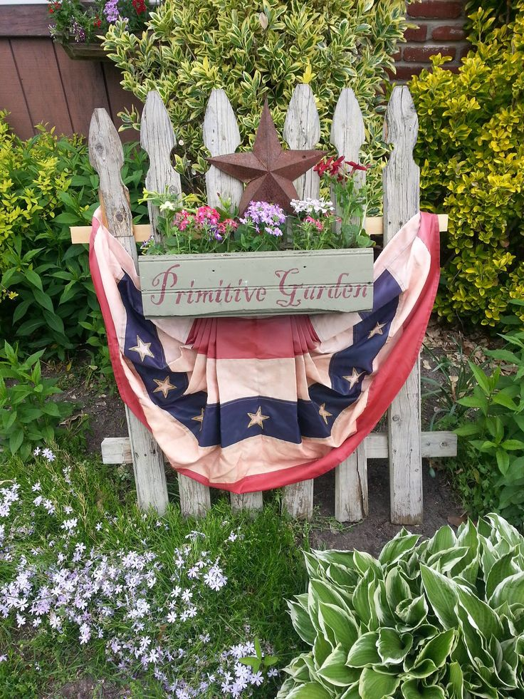 Best 25 picket fence crafts ideas on pinterest for Fence ornaments ideas