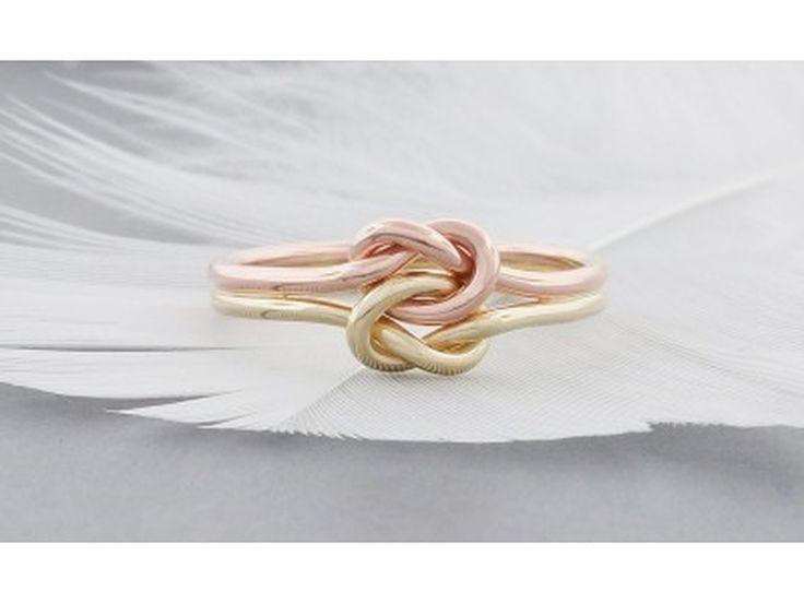 Bague double noeud d'amour en or, bague de fiancaille, - Produits fabriqués au Québec par TDN Creations Inc.