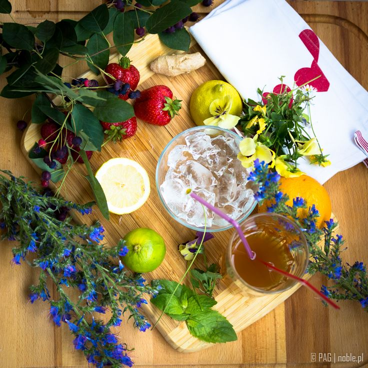 Homemade ice tea anyone? Lemon, lime, orange, fresh strawberries, raspberries, ginger, few mint leaves, and the tea of course!