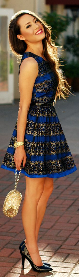 classy dress http://thepageantplanet.com/category/pageant-wardrobe/