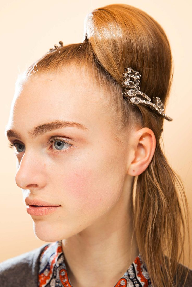 Hairstyles For Fall 2015 47 Best Fall 2015 Runway For 201617 Hair Accessories Images On