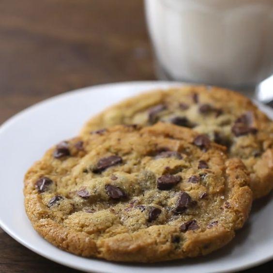 Lange habe ich nach dem perfekten Cookie Rezept gesucht endlich habe ich es gefunden.