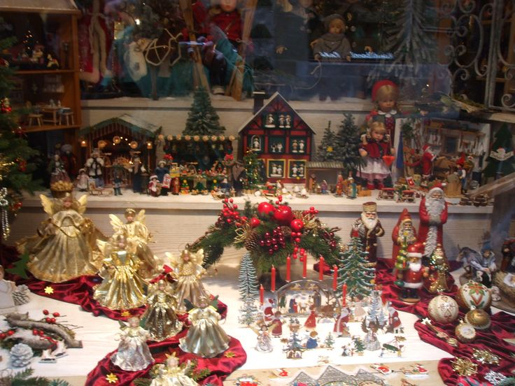 weihnachtsschaufenster in rothenburg weihnachten. Black Bedroom Furniture Sets. Home Design Ideas