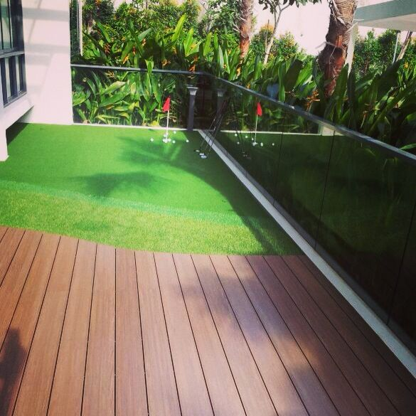 Composite Wood Decking & Artificial Turf Putting Green