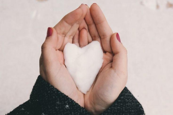 Droge huid? 11 natuurlijke tips voor een optimale huidverzorging in de winter #amanprana #noblehouse #amanvida #drogehuid #winter #verzorging #huis