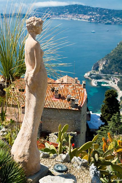 Close to the Château de la Chèvre d'or: Eze Village. It looks down on the Mediterranean from a height of more than 400 m