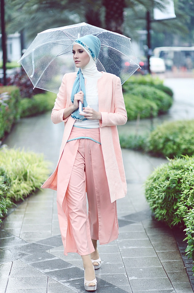 April showers bring May flower with this darling pastel look!