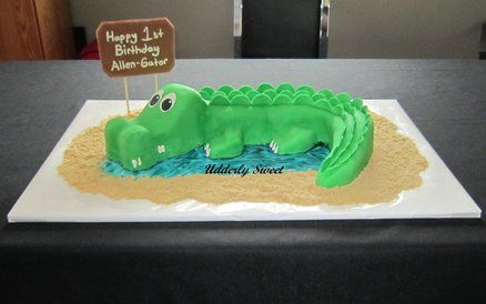Alligator Cake - This one is Clint's pick for his cake..