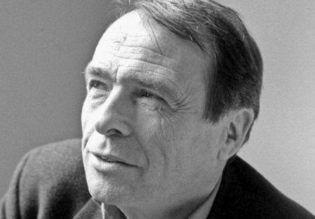 """Citations de Pierre Bourdieu.    """" Il est infiniment plus facile de prendre position pour ou contre une idée, une valeur, une personne, une institution ou une situation, que d'analyser ce qu'elle est en vérité, dans tout sa complexité. """""""