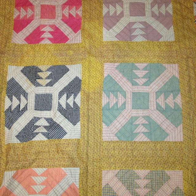 Antique quilt: Scrap Quilts, Design Inspiration, Quilt Inspiration, Quilts Antique, Quilt Bits, Antique Quilts, Book Inspiration, Quilt Blocks