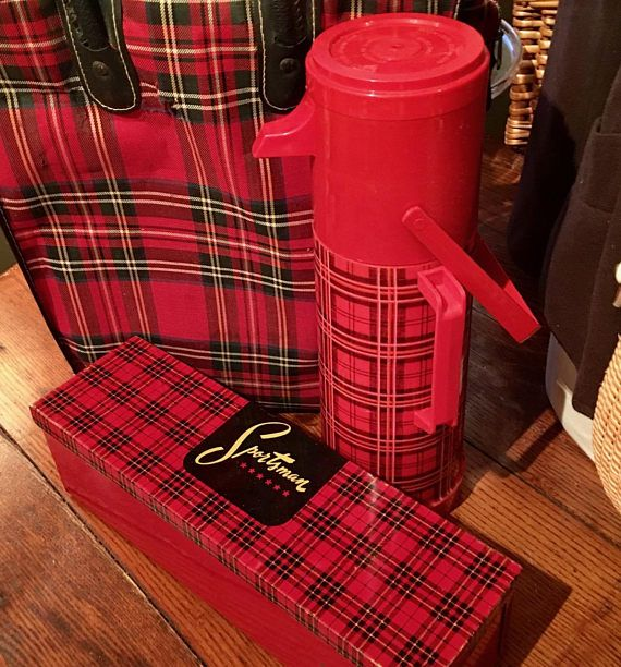 Sportsman Outing Kit Black and Red Plaid Bag Aladdin Thermos