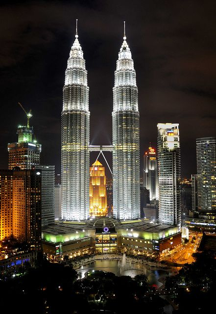 Torres Petronas, en Kuala Lumpur (Malasia) Fuente: http://www.flickr.com/photos/clearvisions/5386029691/lightbox/