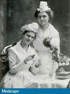 Belle McLaughlin and Miss Bell wear the smaller, stylish caps of the Virginia Hospital Training School for Nurses in 1901. Image courtesy of the Special Collections and Archives, Tomkins-McCaw Library, Virginia Commonwealth University.