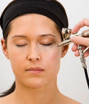 Airbrush Makeup - What You Should Know Before Applying
