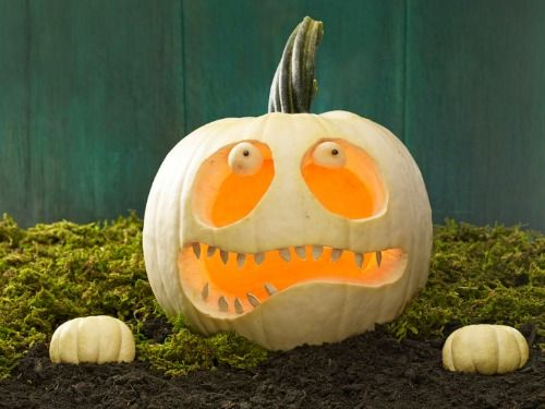 http://www.womansday.com/home/craft-ideas/funny-pumpkin-carving-ideas?click=smart
