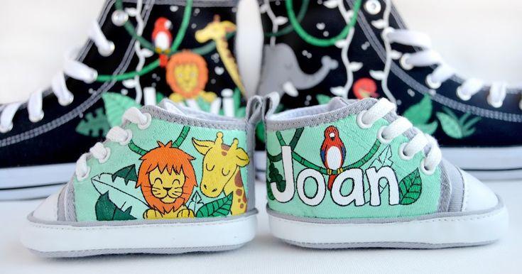 Damos la bienvenida al mes de julio con estos dos pares de zapatillas personalizadas que nos adentran en la selva. Con un clima tropical, d...