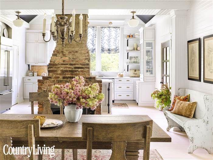 Holly Williams dining room