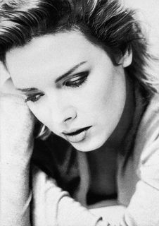 Kim Wilde, 1988. ~ Check out for more pins: https://www.pinterest.com/neno3777/kim-wilde/