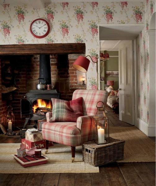 Wyposażenie i dekoracje w stylu country od Laury Ashley dostępne na www.lauraashley.pl #weranda #cosystyle #przytulnie #nastroj #dekoracje #kominek