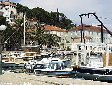 Jelsa - Hvar, Croatia - Private accommodation units - Adriatic.hr