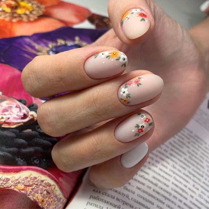 Feb 11, 2020 - mayorova___nails ・・・ #mayorova_nails #срезножничками #nails #ногти #ногтидомодедовская #ногтизябликово #moscow #майоровамолодец