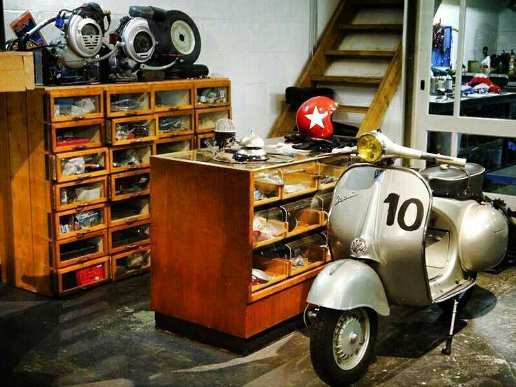 """ar75ts: """" Scooter shop """""""