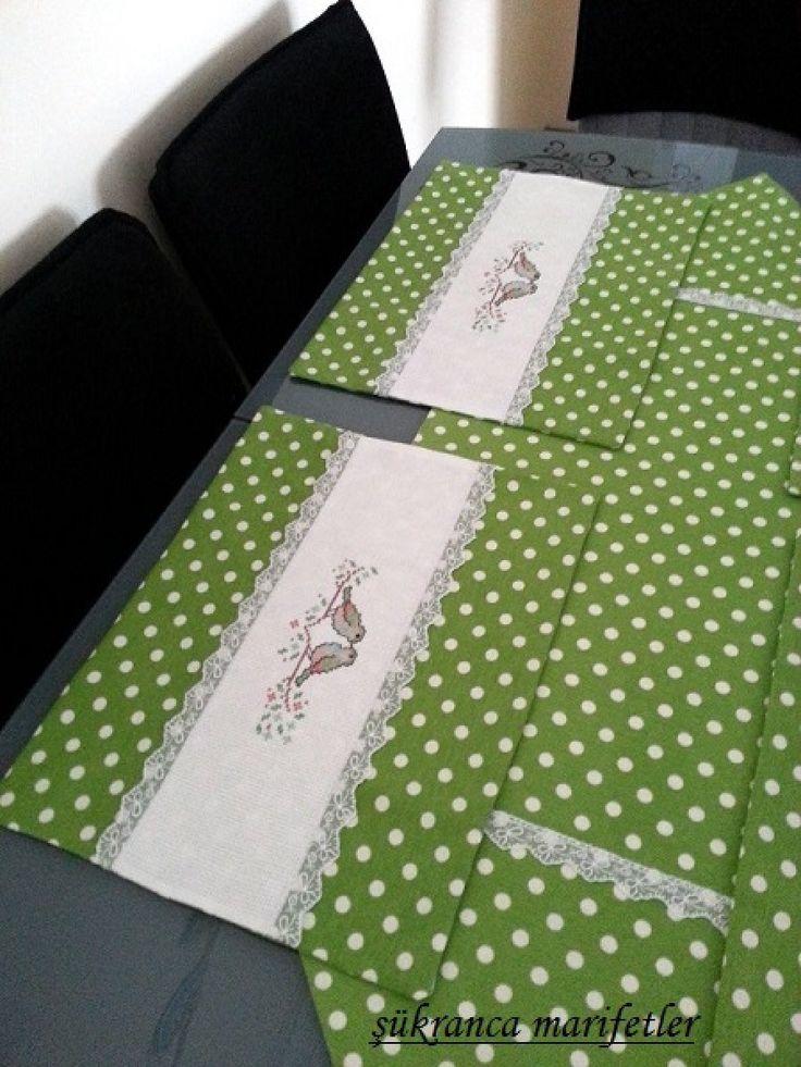 Punatiyeli servis takımı -#mutfak #amerikanservis #servis #masaservisi  #yemekservisi #asortika #tasarım #ürünler #özeltasarım #elyapımı #elyapimi #dizayn #tasarimci #tasarım #onlinealışveriş #eticaret #tasarımdükkanı #tasarımcılar #art #design #handmtv ade #handcraft #designer