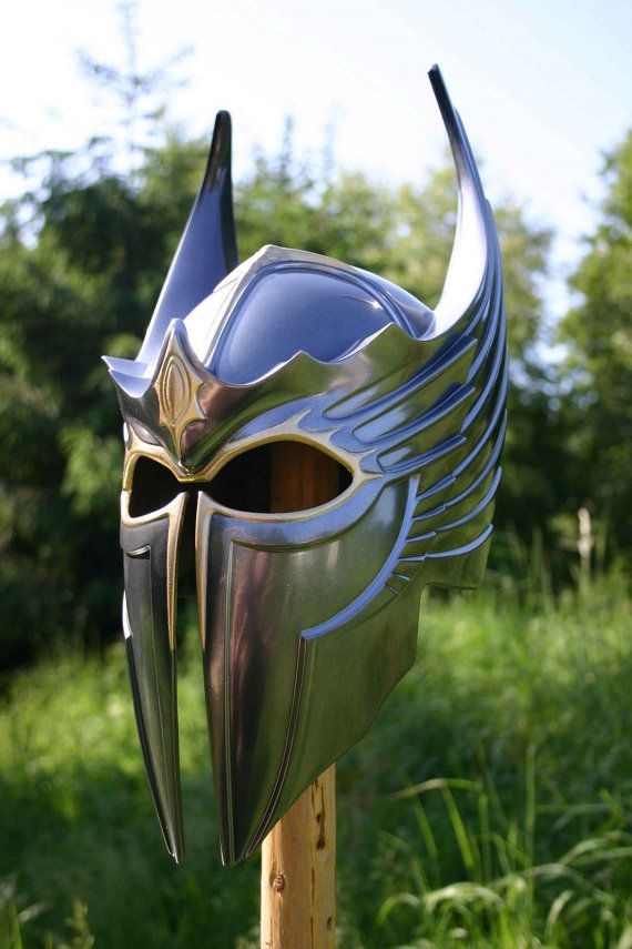 WANT. Gryphon knight plate helm with dragon motif