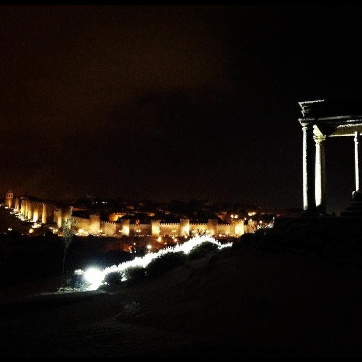 #Patrimonio de #Ávila, vistas de las #Murallas. Photo by @isabelmartinj