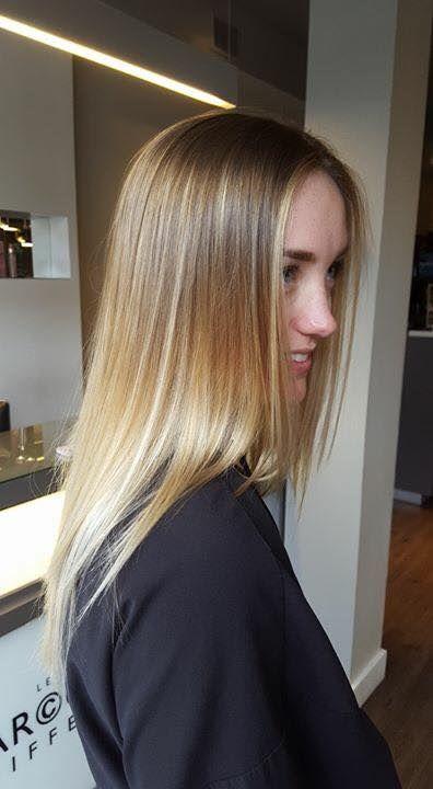 @Justine Dufour-Lapointe avec son blond signé Les Garçons Coiffeurs.
