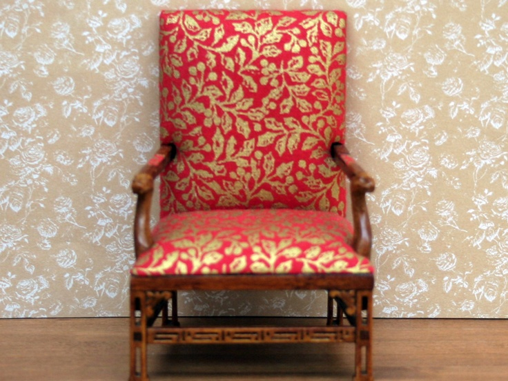 Dolls House Arm Chair from The Wonham Collection. R0442.