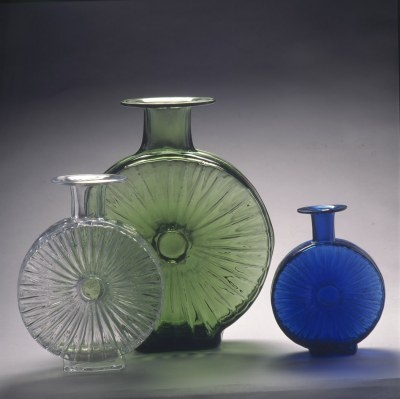 Aurinkopullo vases by Helena Tynell